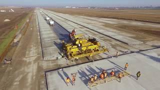 Компания «Ростдорстрой» строит взлетно-посадочную полосу в Одесском аэропорту