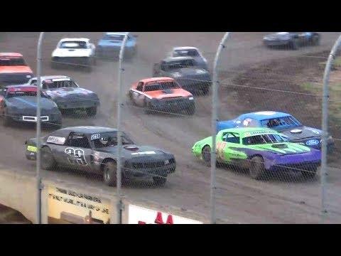 Street Stock feature Willamette Speedway 2017