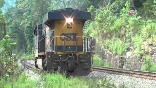 CSX FREIGHT TRAIN DRIVING IN WEST VIRGINIA MOUNTAINS BLOWING NATHAN K5 TRAIN HORNS VERY LOUD