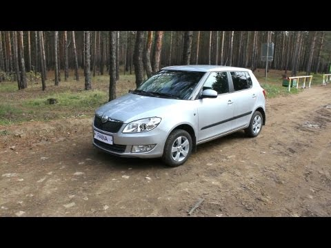 2012 Skoda Fabia. Start Up, Engine, and In Depth Tour.