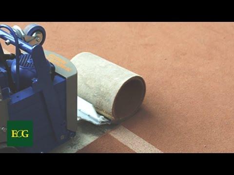 Soluzioni per rimuovere moquette linoleum colle parquet piastrelle o pvc youtube - Posare parquet flottante su piastrelle ...