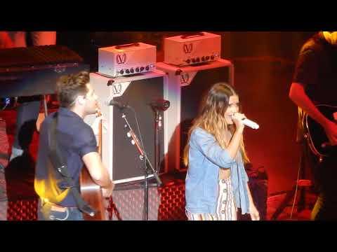 Niall Horan & Maren Morris - Red Rocks Denver - Seeing-Blind