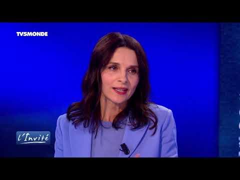 """Juliette BINOCHE : """"Le cinéma m'a permis de rompre la solitude"""""""