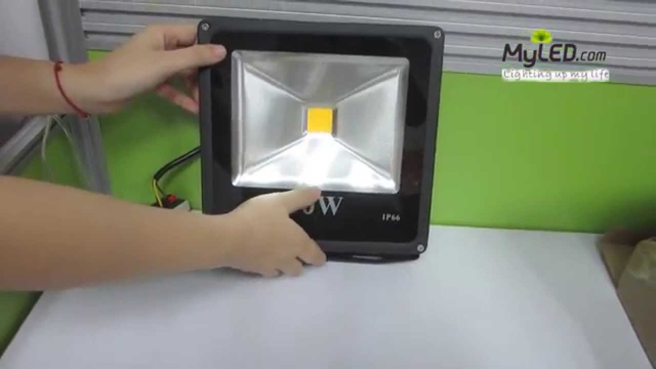 maxresdefault ip66 led flood light 30w 2700 3000lm integrated warm white black  at virtualis.co
