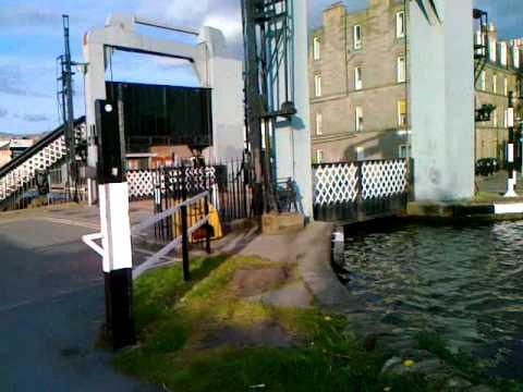 Edinburgh and Glasgow Union Canal walkway by bike pt 2