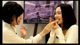 予想外に硬くて上手く「あーん」出来ないM・A・Oさんと小澤亜李さん