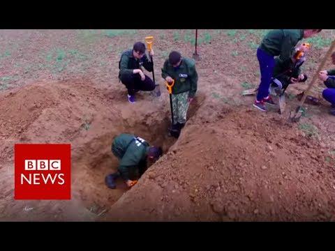 Volgograd: Russia's Volunteer Body Hunters  - BBC News