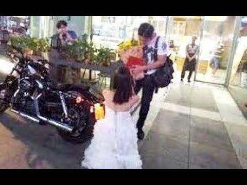 Cô gái chơi ngông mang sổ đỏ, xe phân khối lớn đến cầu hôn bạn trai