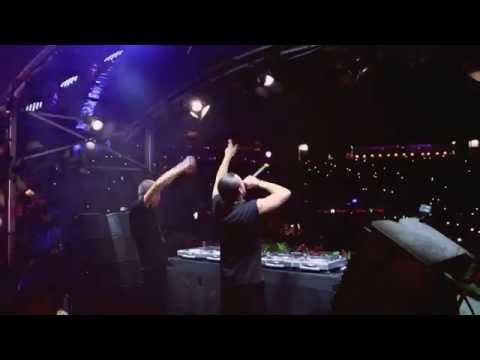 Dimitri Vegas & Like Mike   Live at Tomorrowland-Zombie Nation - Kernkraft 400 Remix)