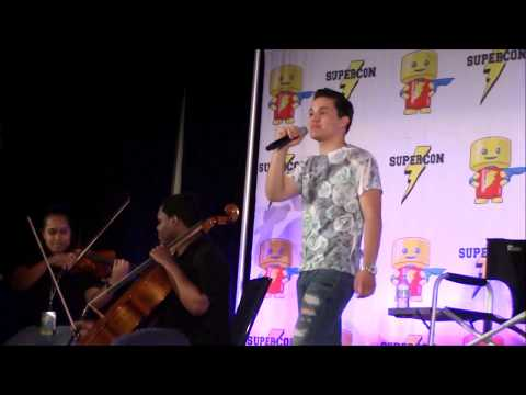 Florida Supercon 2017  Zach Callison singing Giant WomanBoth of You ft. Somnio Strings