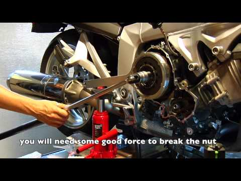Clutch replacement on BMW K1200GT with wet clutch