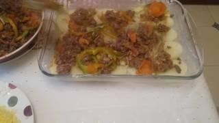 Готовим с любовью! Картошка с фаршем и овощами, запеченная в духовке.