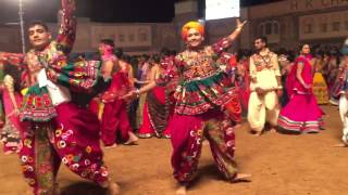 Malhar Garba Group 2015- Clip7