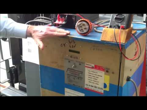 Single Phase Battery Charger To Regenerate Large Forklift Battery Youtube