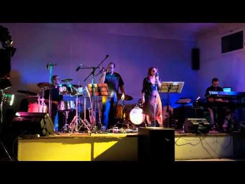 seven nation army acoustic cover by Doris et les Bulgares