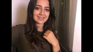 #KanikaLive: Get to know Me!