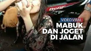 Viral di Twitter, Gadis Diduga Mabuk Joget di Pinggir Jalan, Warga Siram Air supaya Sadar