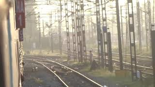 KAVERI express crosses MYSORE shatabdi | Arrival and depature from tiruvallur