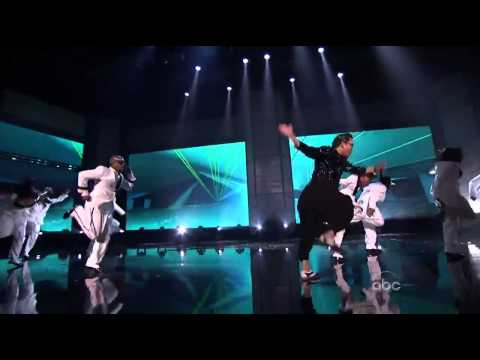 PSY Gangnam Style on American Music Awards with MC Hammer - 싸이 AMA  강남스타일 (HD Version)