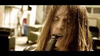 Tracer - El Pistolero Official Video