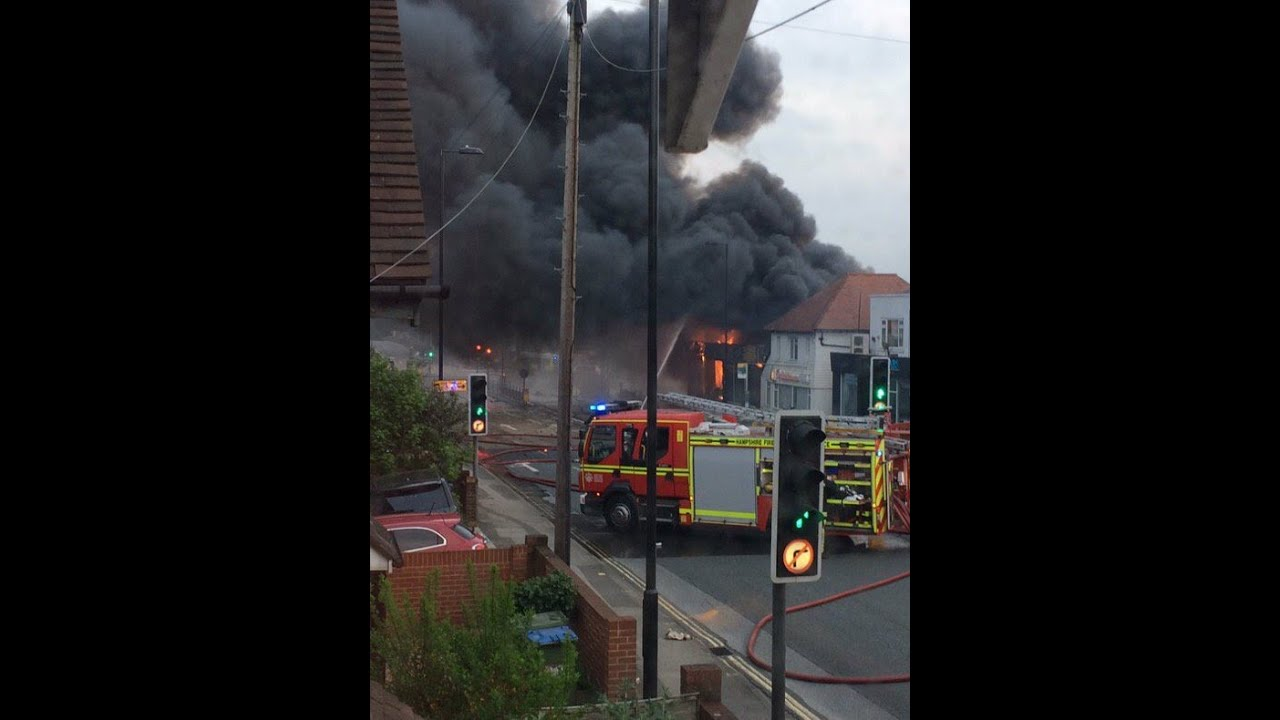 Download Fire breaks out at Southampton firework factory : Fireworks Southampton