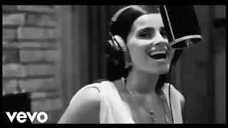 Nelly Furtado - Como Lluvia ft. Juan Luis Guerra (Official Video)