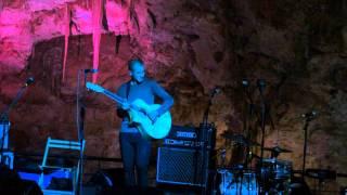 M A N U C H E en las Cuevas de Canelobre !