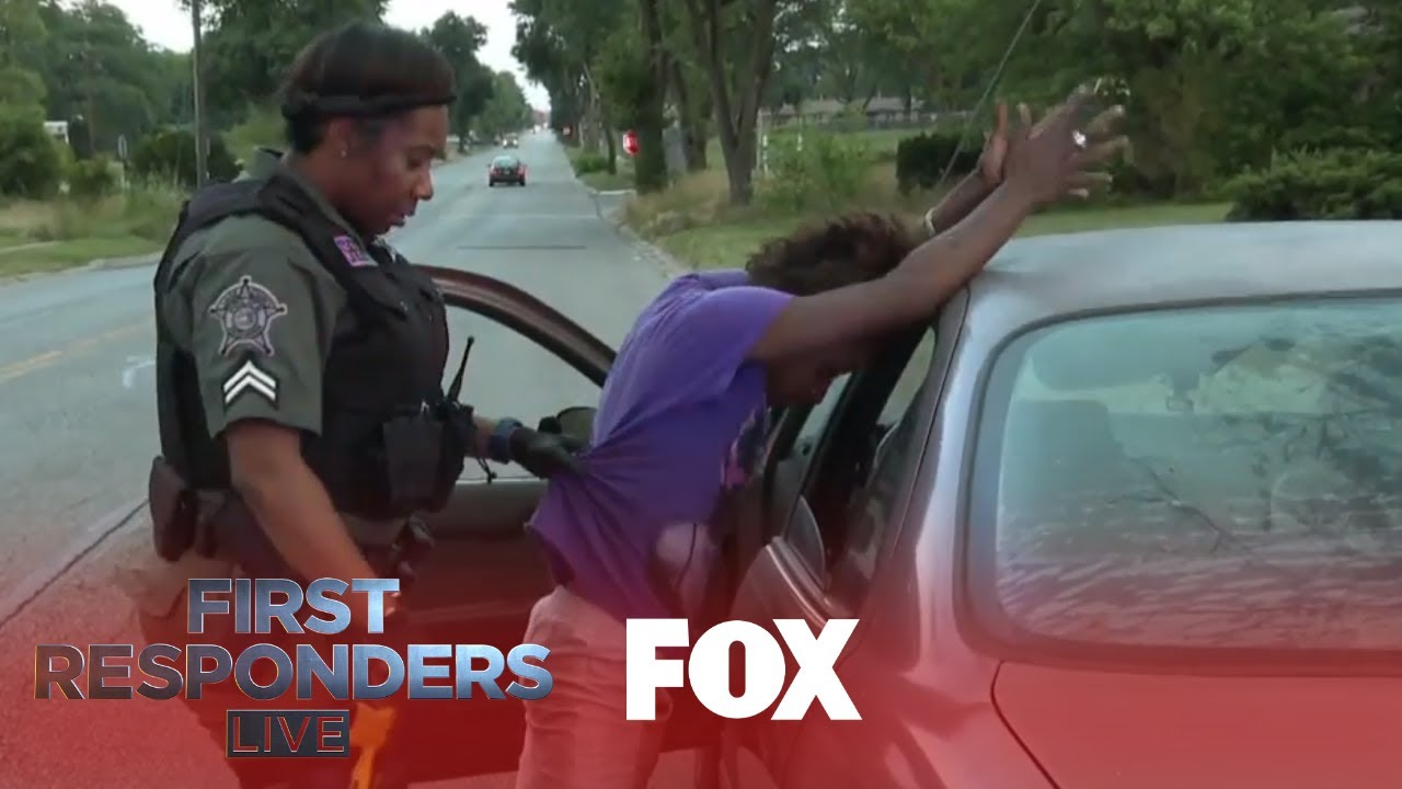 Download Officers Pull Over Crack Addicts | Season 1 Ep. 9 | FIRST RESPONDERS LIVE
