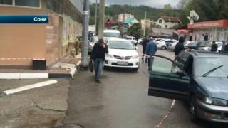 В Сочи неадекватный водитель набросился с ножом на полицейского