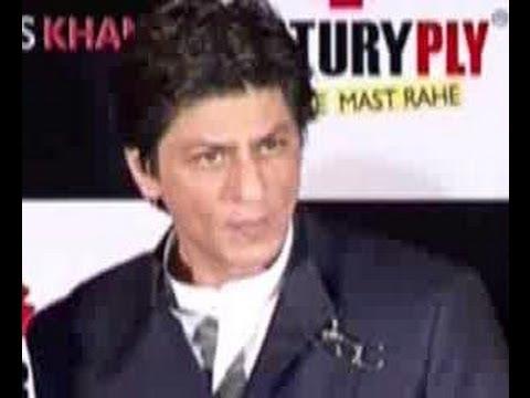 Shahrukh Khan & Ashutosh Gowariker want to keep their film under wraps