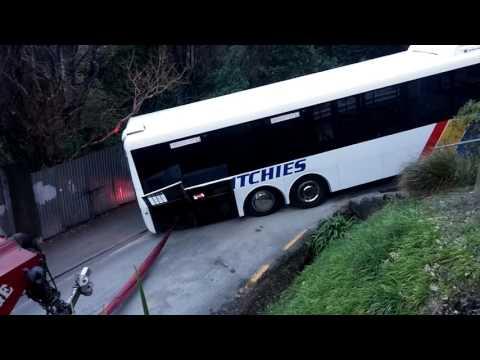 Stuck Bus on Buccleugh (Full Video)