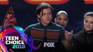 Love, Simon Wins The Choice Comedy Movie | TEEN CHOICE