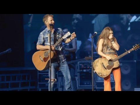 Jessica - Dierks Bentley Gifted Tenille Townes with a New Guitar