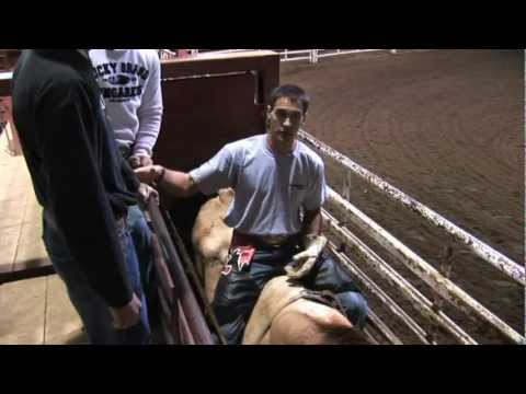 Bull Riding Tips Learning how to be a good spotter with Wiley Petersen