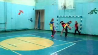 Змагання з баскетболу дівчата
