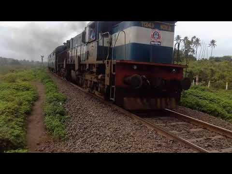 Wdm3d Kolhapur Mumbai Koyna Express Departing From Sangli