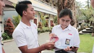 Download Video Jovi Ft Rusni - Bajang SMA official vidio MP3 3GP MP4