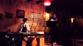 Bông Hồng cài áo -Viết Hùng - Guitar mộc Thanh Hằng - Vu La