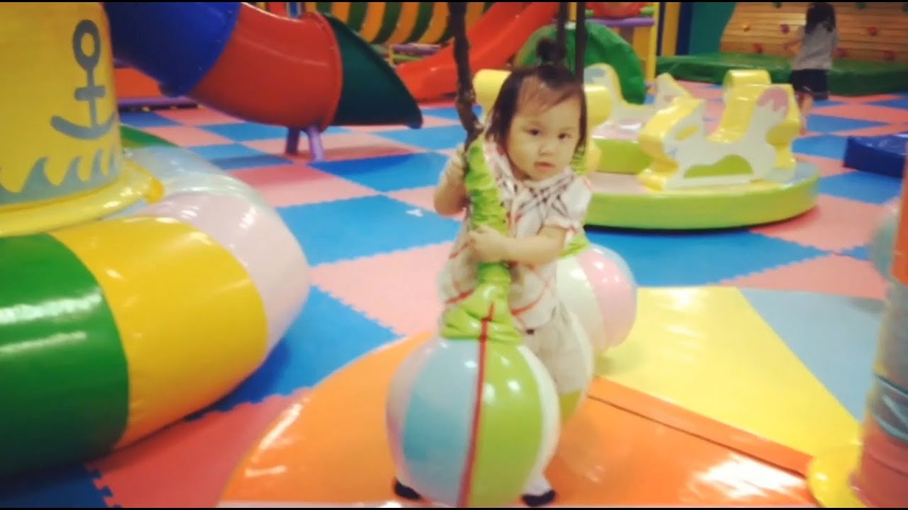 歡樂寶貝親子體能館在中壢店裡面有彈簧床大型球池跟溜滑梯 - YouTube