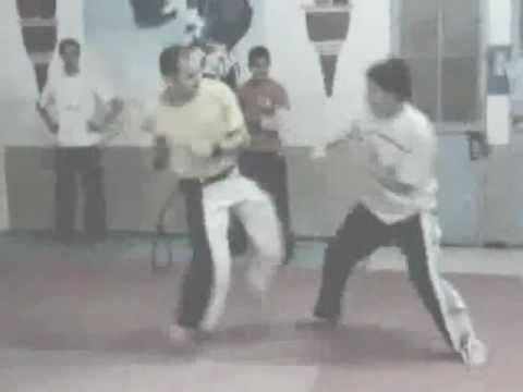 monstro -training rodas 1-  capoeira - Algeria Batna 2011
