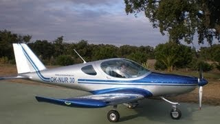 small ultralight aircraft - маленький ультра-лайт самолет - מטוסי ה...
