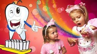 Дети чистят утром зубы, а клоун Буня им помогает!