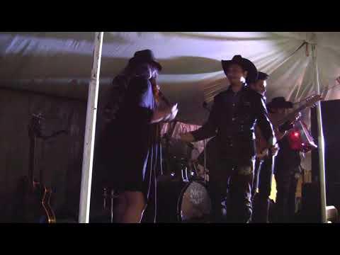 La Razza Perrona Norteño banda ft Alexa Clavellina
