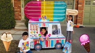 Kids Play with Ice Cream Truck Food Toys!
