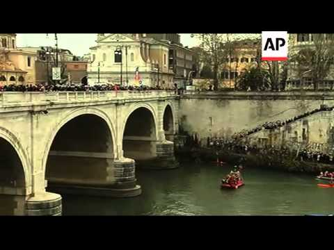 New Year's day plunge into the River Tiber