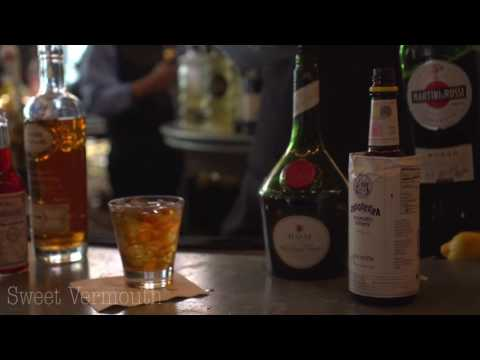 Ann Visits The Carousel Bar: The Vieux Carré