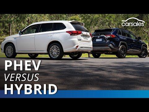 2020 Mitsubishi Outlander PHEV V Toyota RAV4 Hybrid Comparison Test | Carsales