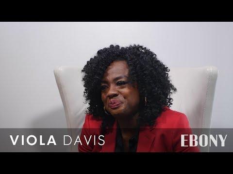 Viola Davis Doesn't Believe Hollywood 'Understands' Or 'Honors' Black Hair