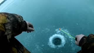 Открытие сезона зимней рыбалки 2020 2021в Карелии на лесном озере Рыбалка на жерлицы часть2