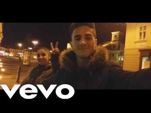 Stefan - Aseara ti-am luat sandwich feat.Narcisa